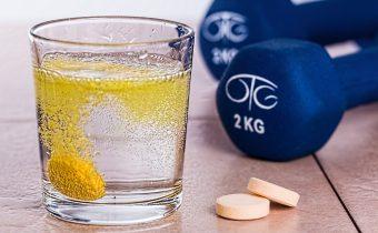 Môže byť  vitamín C vo vysokých dávkach ohrozujúci?